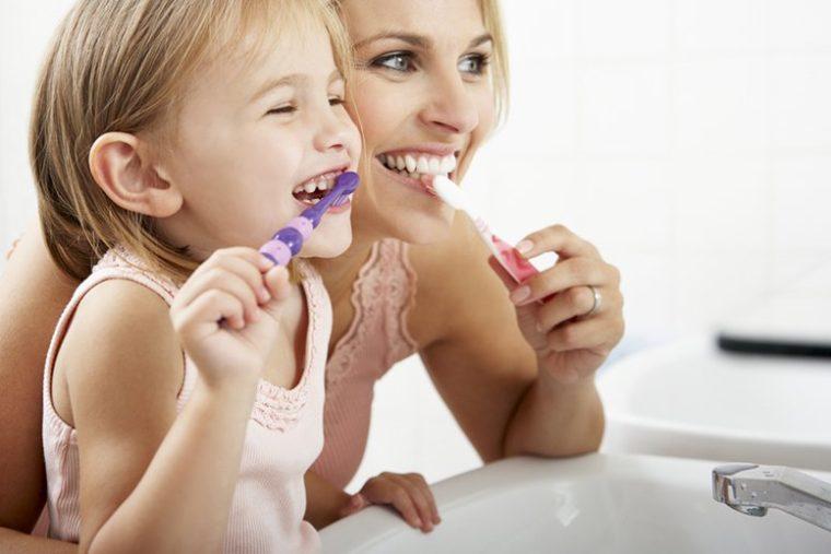 12 Комбинации, Които Напълно Премахват Зъбния Камък От Зъбите Ви 9