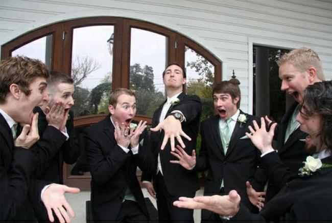 18 Младоженци, Които Избраха Забавното Пред Скучното В Снимките Си И Ефекта Е..... 33