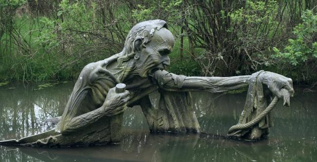 15 Скулптури, Които Плашат И Удивляват В Същото Време 13
