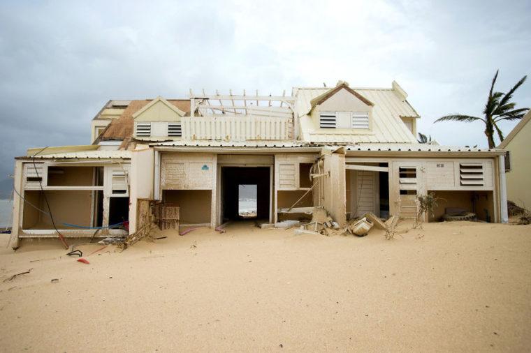 Потресаващи Снимки, Които Разкриват Колко Ужасен Е Наистина Урагана Ирма 10