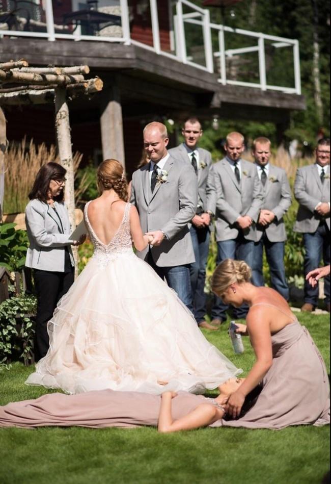 Най-добрите фотомомби, които направиха тези сватби още по-запомнящи се! 60