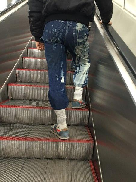 Такива снимки на хора може да бъдат забелязани само в Руското метро.. Потресаващи кадри.. 55