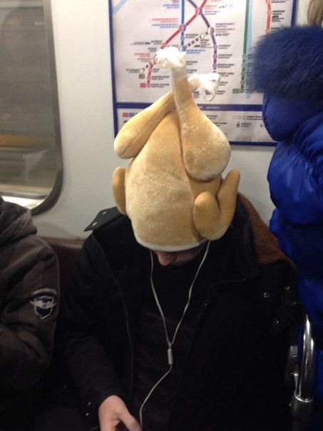 Такива снимки на хора може да бъдат забелязани само в Руското метро.. Потресаващи кадри.. 58