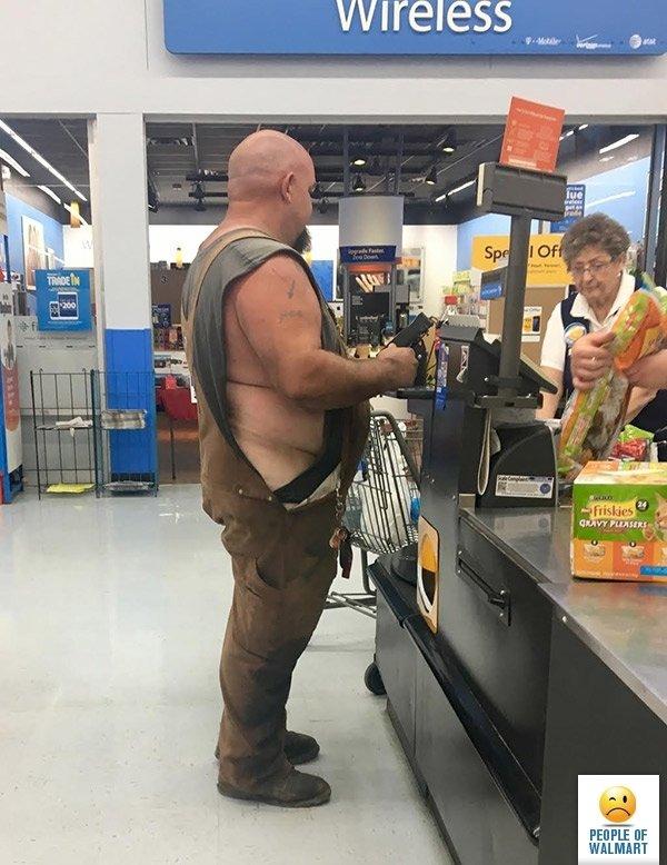 Когато отидеш да си напазариш в магазина и до теб застане някой от тези клиенти.. Как ще реагираш? 54