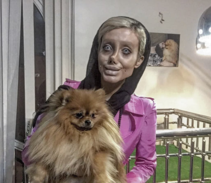 Тя мечтаеше да прилича на Анджелина Джоли и се подложи на 50 пластични операции, но ето какво стана! 56