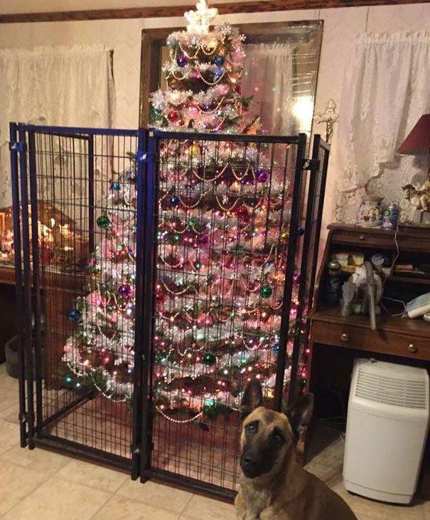 Коледа идва.. Гениални идеи как да опазиш коледната елха от децата и домашните любимци.. 41