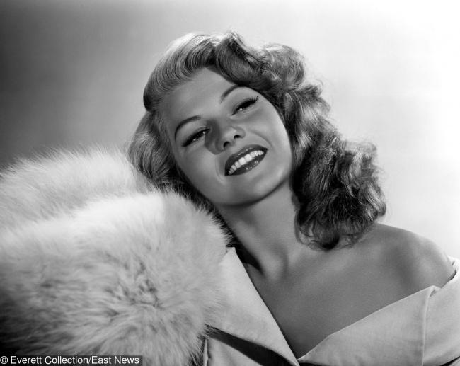 Мис България ли..? Тези кралици на красотата от 20 век разтопиха сърцата на всички женени мъже! 37