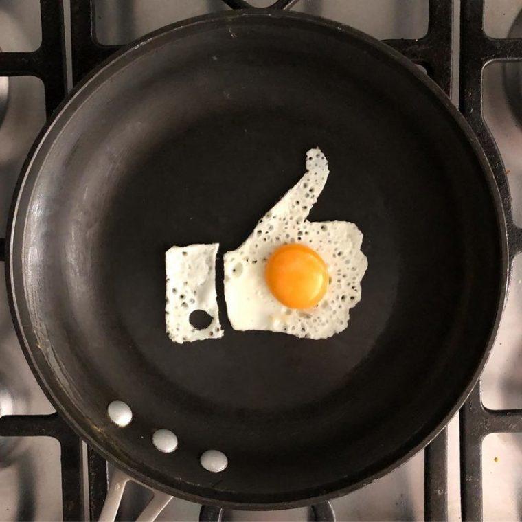 Няма да повярваш какво прави тази жена с тиган и няколко яйца.. Резултатите УОУ 18