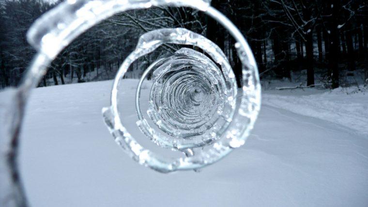 Тези природни аномалии, могат да се случат само когато е замръзващо студено! Шокиращи кадри! 11