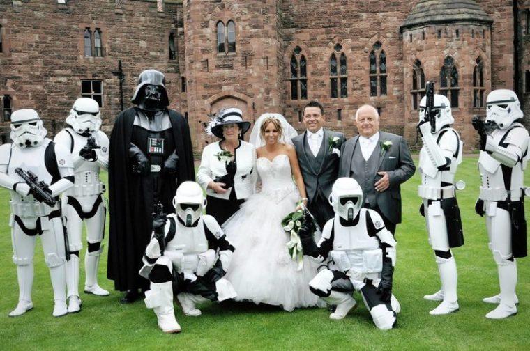 Тези хора са истински фенове на Междузвездни Войни.. Дали не прекалиха обаче.. 62