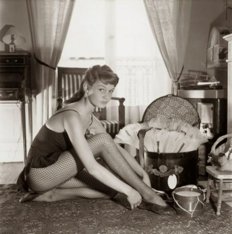 Скрити снимки от архивите на Известни личности от младежките им години! 100% Няма да ги познаете 57
