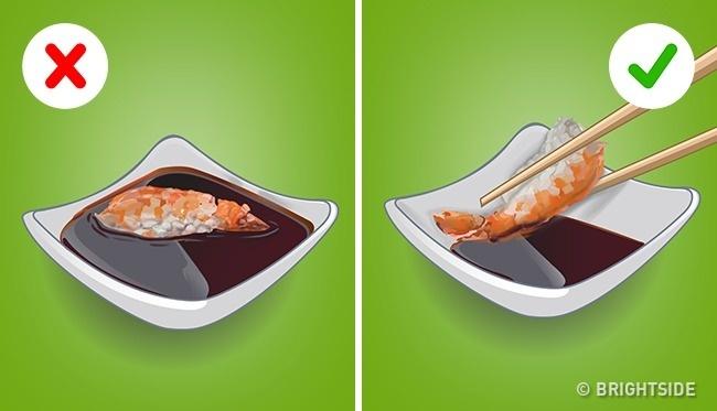 Задължителни маниери за хранене в ресторант, които ако ги спазиш, ще покаже КЛАСА от световно ниво! 12
