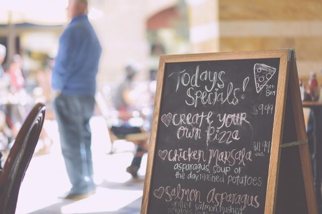 9 Ресторантски трика, които ще те накарат да платиш по-висока сметка! Пази се от 61