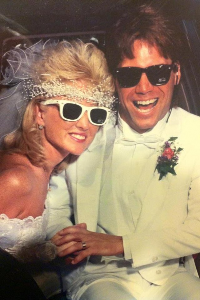 Тези 23 снимки доказват, че е по-добре никога да не се връщаме към модата на 80-те.. 56