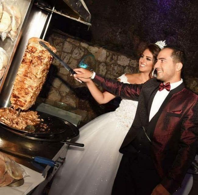 Когато сватбените фотографи уловят нещо, което не е трябвало.... 65