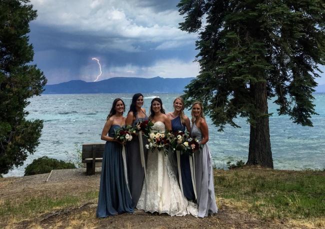 Когато сватбените фотографи уловят нещо, което не е трябвало.... 64