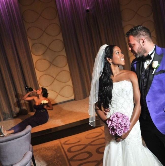 Когато сватбените фотографи уловят нещо, което не е трябвало.... 58