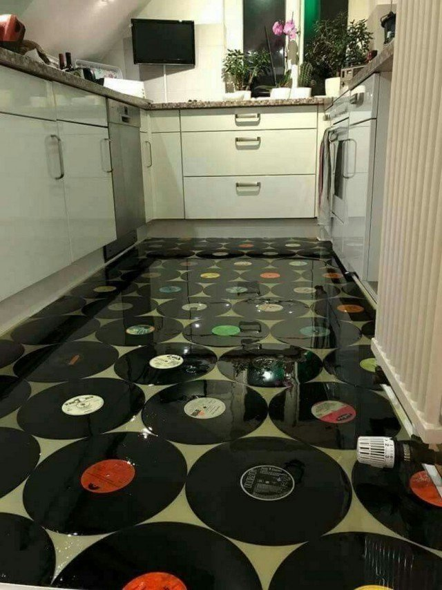 Ако си решил да ремонтираш пода в дома си, то определено виж как са го направили професионалистите.. 34
