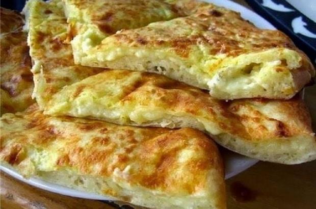 Баницата на тиган със сирене и яйце на Баба Веселина! Лесна и вкусна! (ВИДЕО) 54