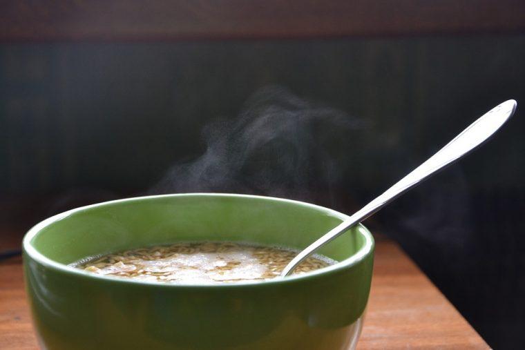 Тази пилешка супа е единствената, която децата ми обичат! Става за около половин час! 54