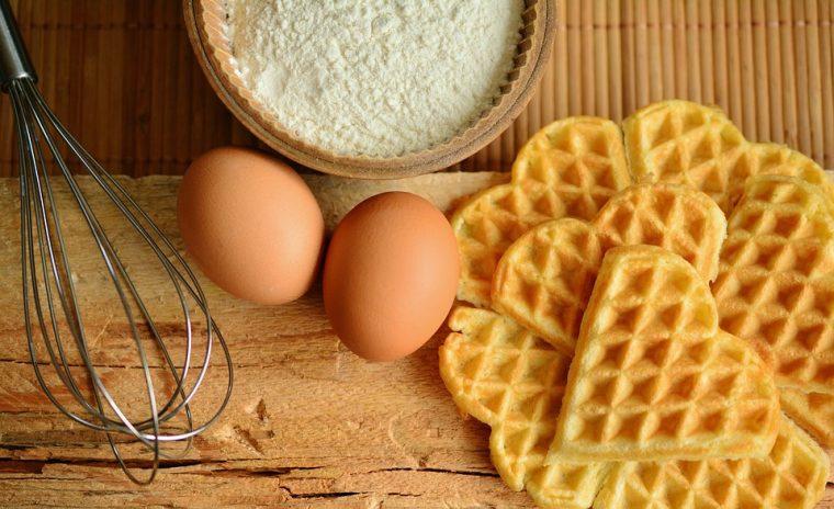 Бърза, евтина и уникално вкусна рецепта за закуска с яйца! Ще си оближеш пръстите! 33