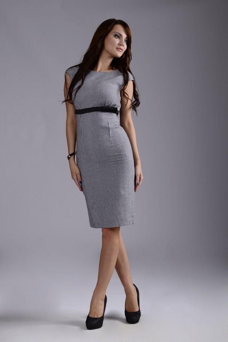 Една зряла и стилна жена не трябва да се облича по този начин 17