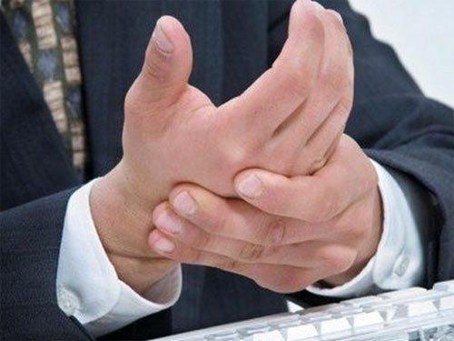 Как да тълкуваме, когато ни сърби - дясната или лявата ръка? Обърнете късмета в своя полза 33