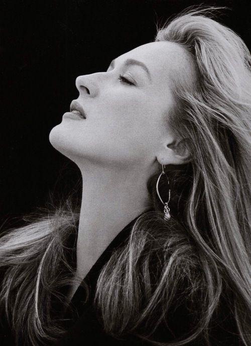 Една прекрасна фотогалерия на едни от най-магнетичните жени на последното столетие 24