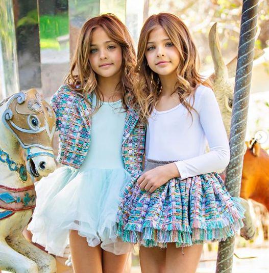 Близначките, смятани за наричани едни от най-красивите момичета на света (СНИМКИ) 58
