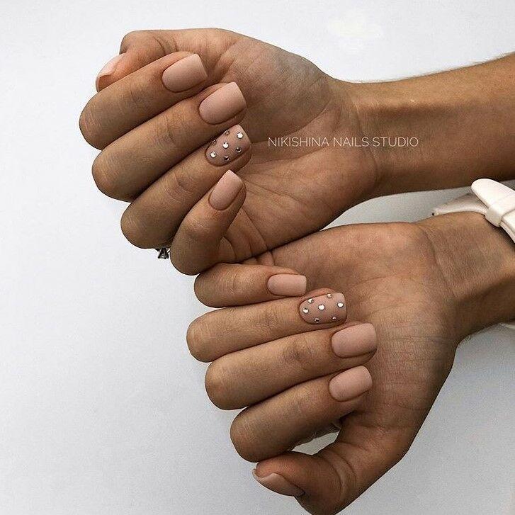Най-модерните пролетни маникюри за къси нокти през 2019 57