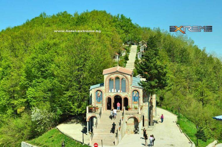 Кръстова гора - едно от най-значимите християнски средища в България 54