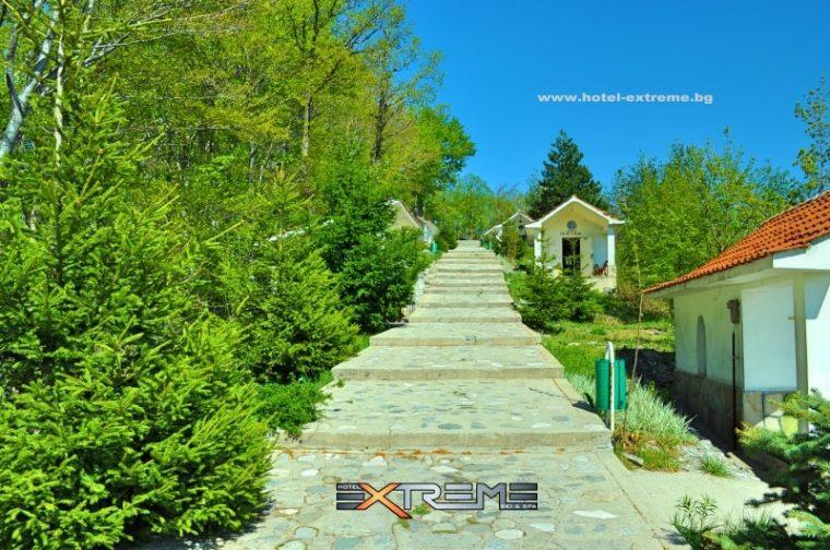 Кръстова гора - едно от най-значимите християнски средища в България 58