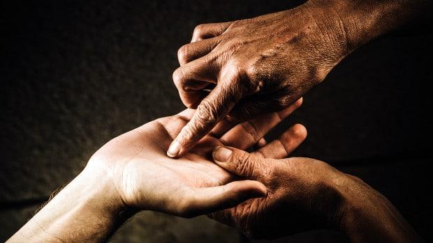 Бързо гледане на ръка - Какво казва линията на живота 54