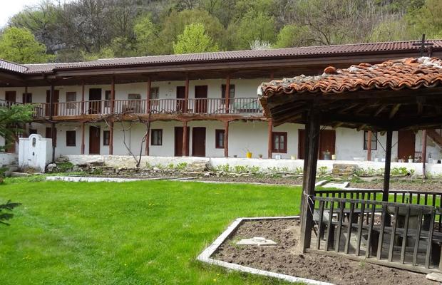 Едни от най-красивите и малко и малко известни манастири на България (СНИМКИ) 15