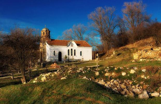 Едни от най-красивите и малко и малко известни манастири на България (СНИМКИ) 16