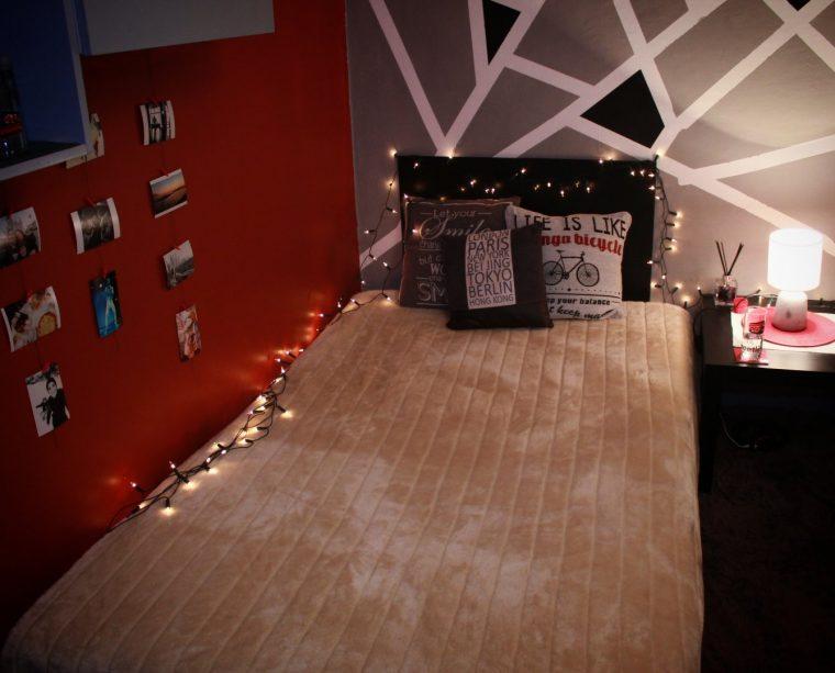 Млад българин сам преобрази стаята в общежитието си в Студентски град (СНИМКИ) 58