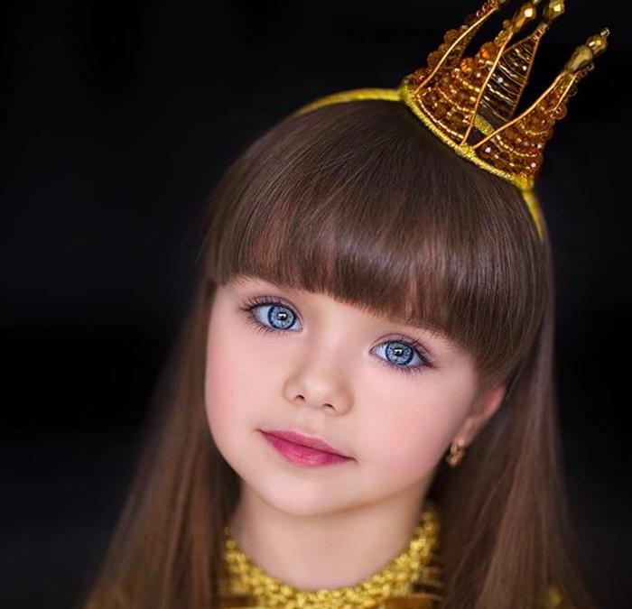 Момиченцето с едни от най-красивите очи на света 55