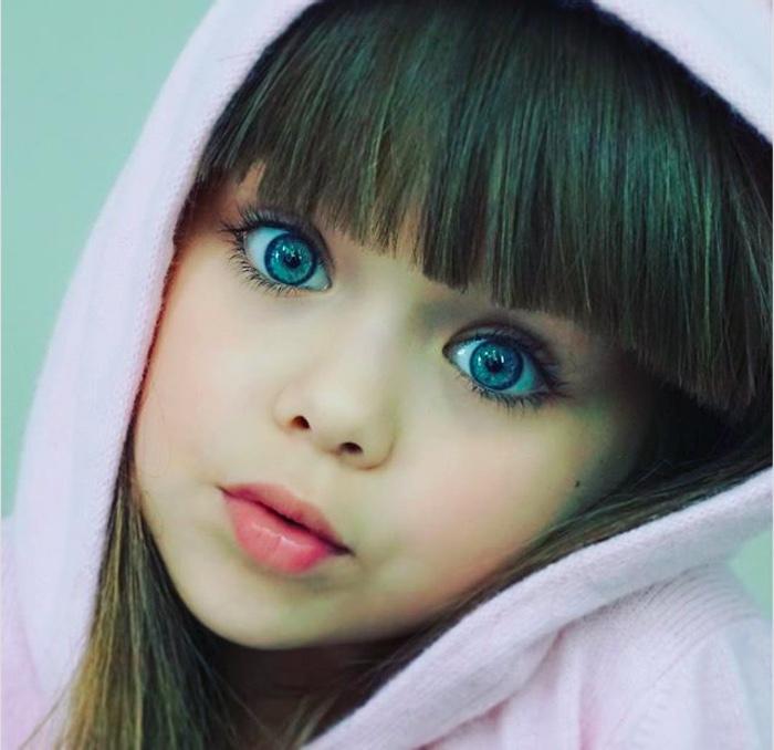 Момиченцето с едни от най-красивите очи на света 60