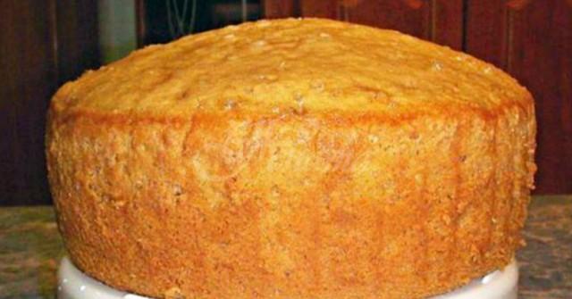 С един блат две торти. Бухва много, и се прави с лимонада 8