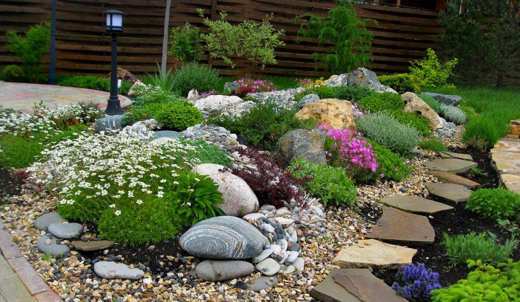 Най-новата мода в двора, е каменната градина - Красота без много усилия (СНИМКИ) 60