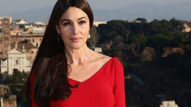 Запознайте се с красивата дъщеря на Моника Белучи 54