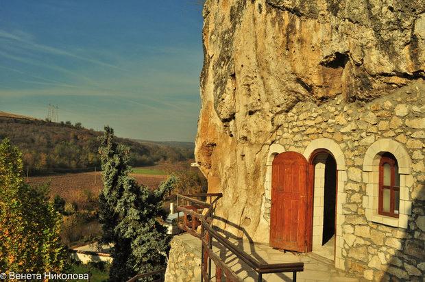 Най-живописни български манастира, които си заслужава да посетите 59