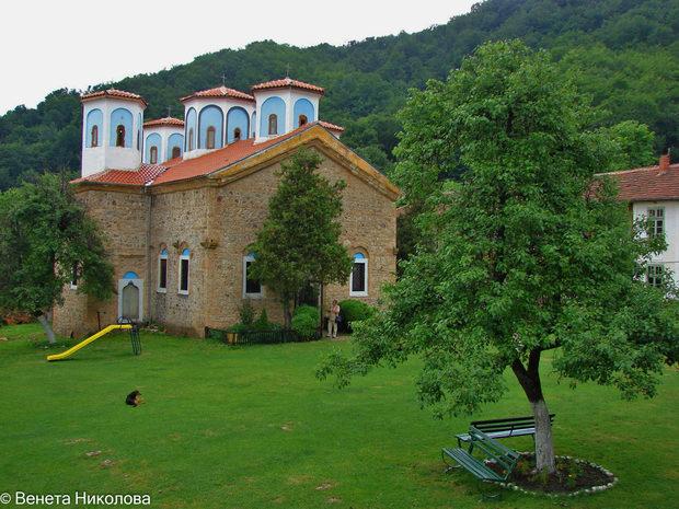 Най-живописни български манастира, които си заслужава да посетите 63