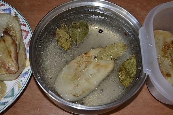 Сезонна вкусотия: мега яки мариновани патладжани с чесън и мед 57