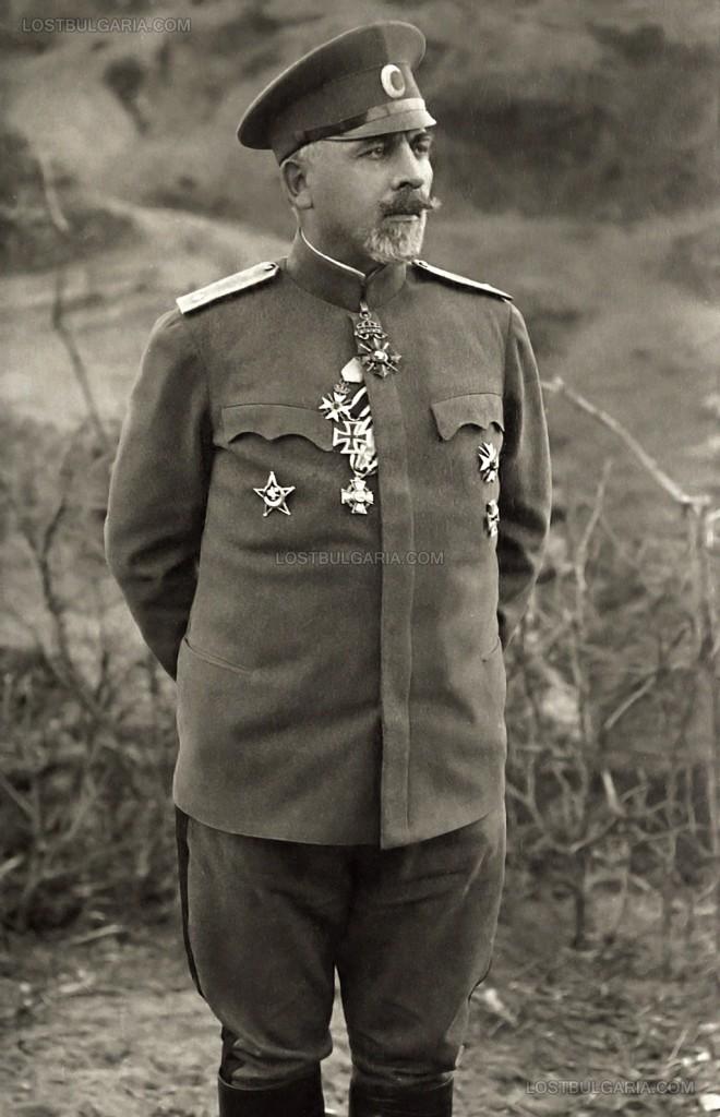 Всеки българин трябва да знае за героят от Дойран - Владимир Вазов 56