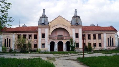 Една от най-лековитите минерални води в Европа се намира в китно българско село 54