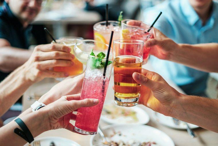 Три неща, които може да пиете на корем през лятото без да пълнеете 54