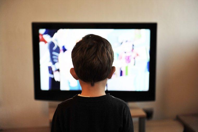 Колкото по-малко телевизия гледате, толкова по-умни ще бъдете 58