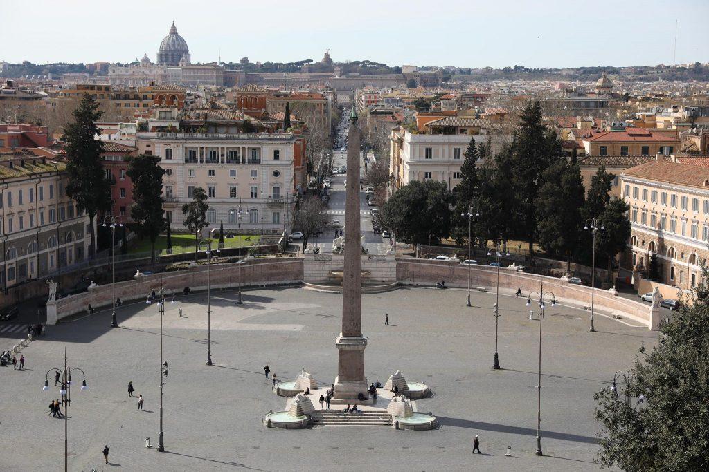 Вижте пустоща, в която се превърна Италия заради коронавируса (СНИМКИ) 55