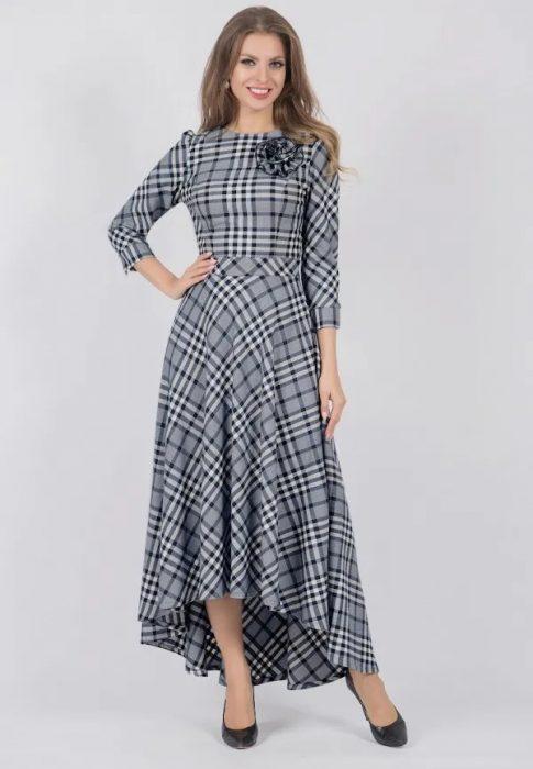 дълга плътна рокля